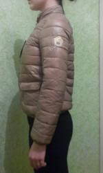 Продам новую красивую весенне-осеннюю курточку