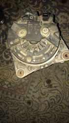 Б/у генератор Renault 8200229907,  BOSCH 0124525047,  150A,
